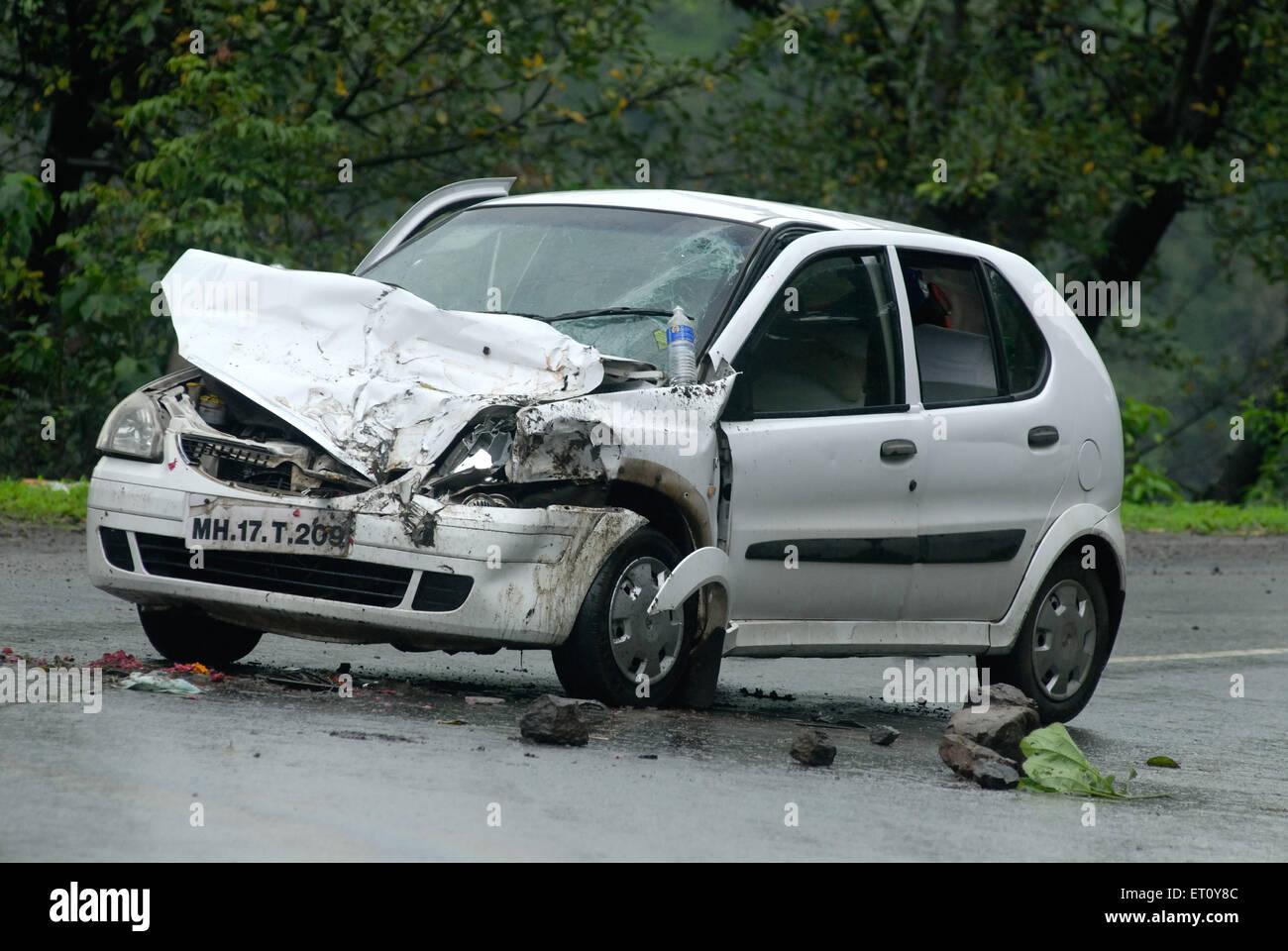 Car damage by accident at Malshej Ghat ; Maharashtra ; India - Stock Image