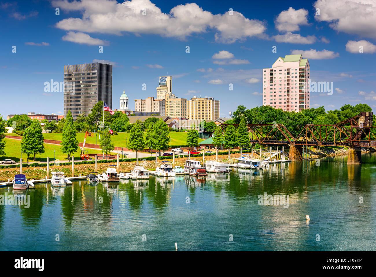 Augusta, Georgia, USA downtown skyline on the Savannah River. - Stock Image