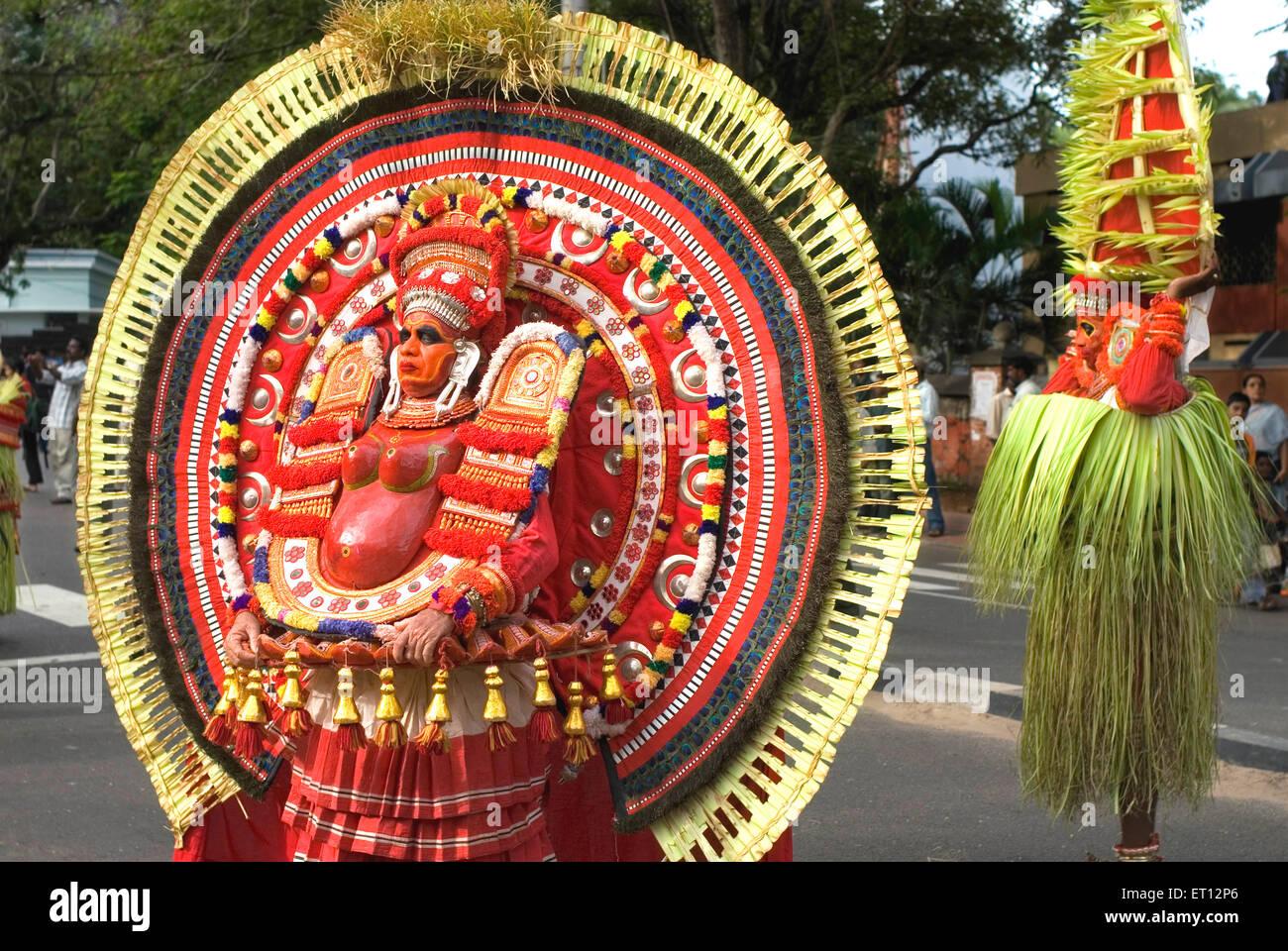 Theyyam theyam dance during onam celebration ; Trivandrum ; Kerala ; India 2008 - Stock Image