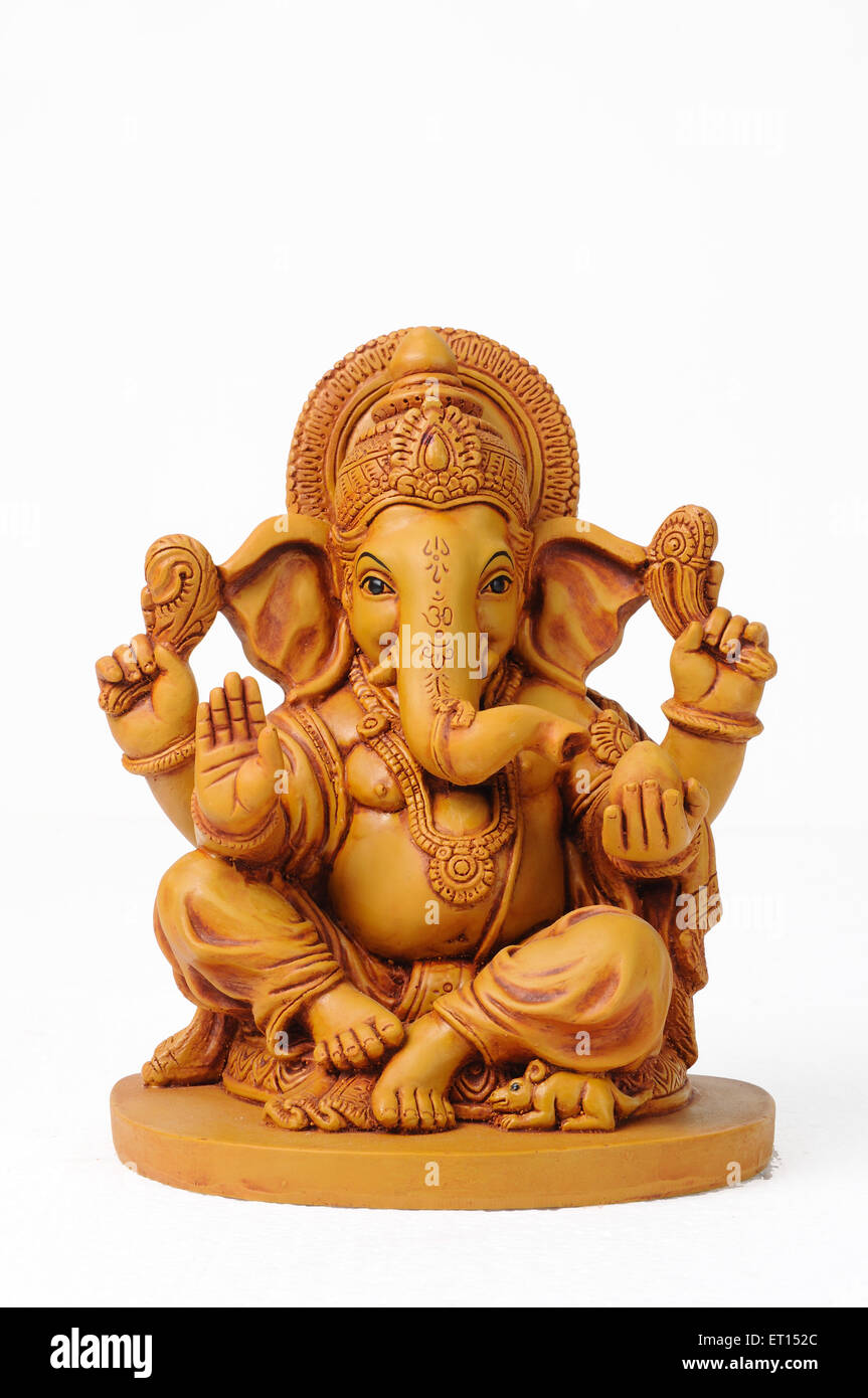 Clay statue of lord ganesh with mouse - Stock Image