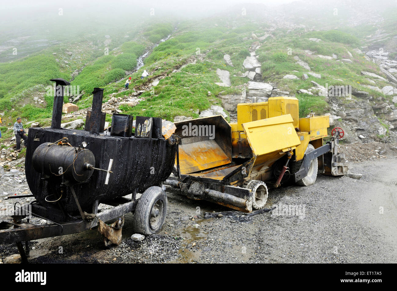 asphalt paver machine on manali rohtang pass himachal pradesh india asia stock image