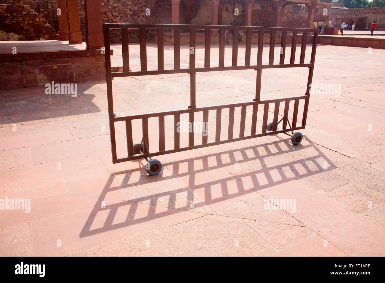 Iron wheeled structure to control the people ; Fatehpur Sikiri ; Uttar Pradesh ; India - Stock Image