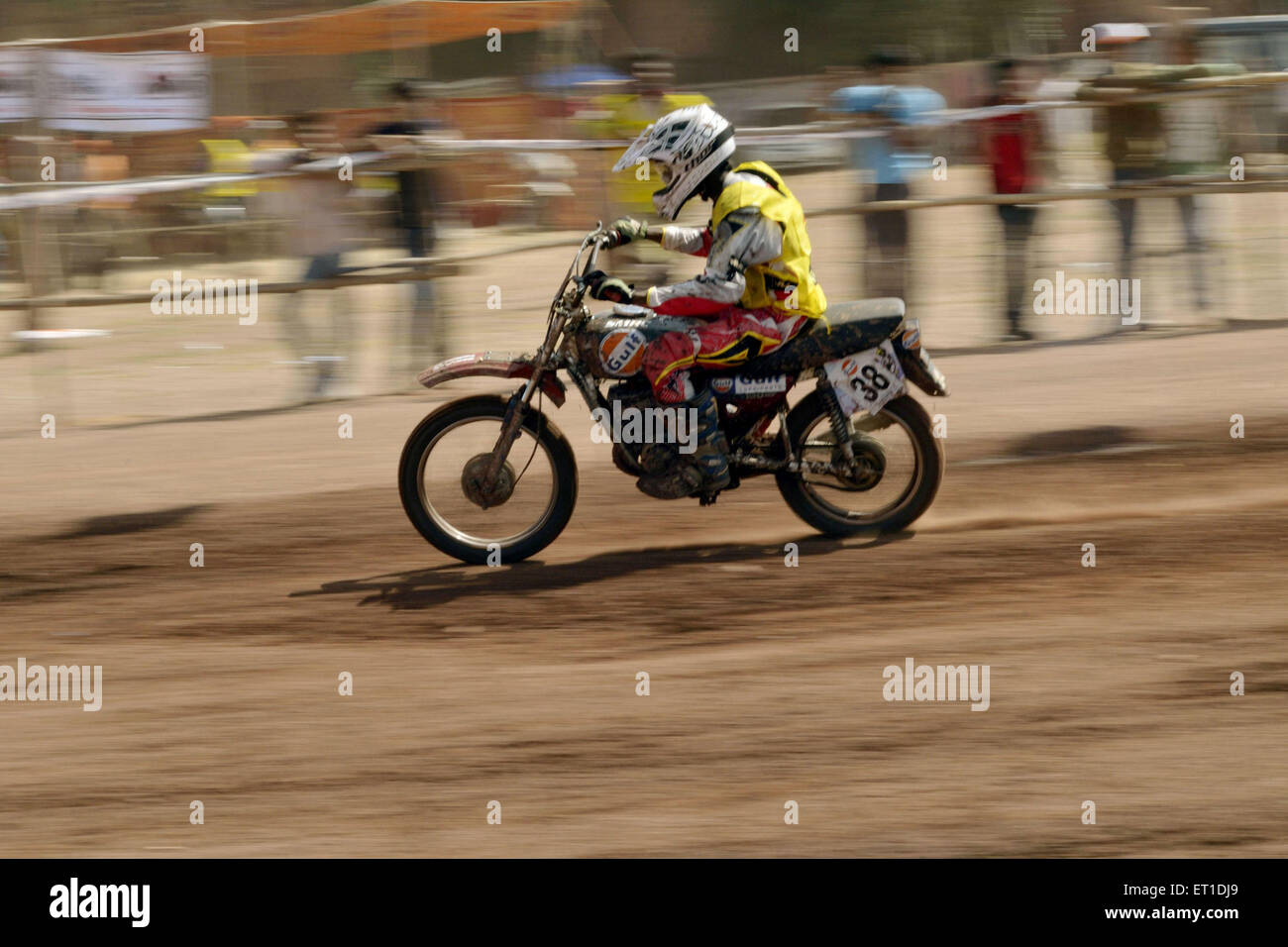 Bike racer in Gulf Dirt national bike race Jodhpur Rajasthan India Asia 2011 - Stock Image