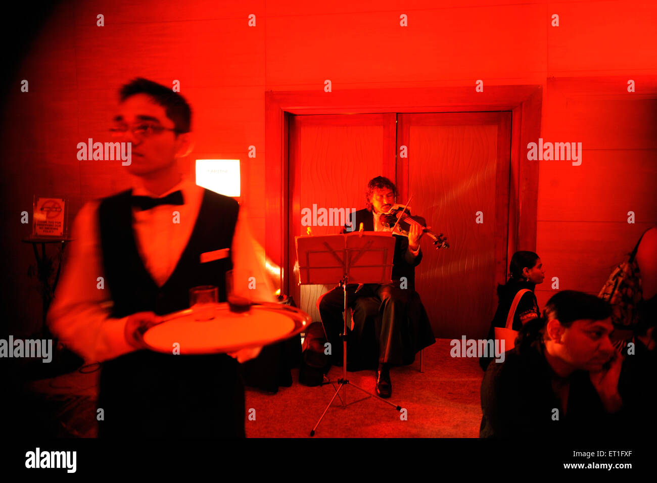 Live music in restaurant ; India NO MR - Stock Image