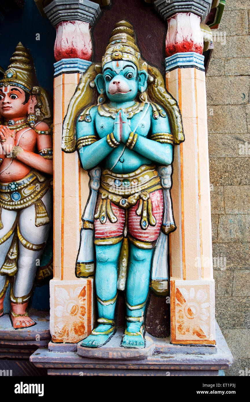 Richly decorated and painted stucco figures on wall of ranganathaswamy temple in srirangam near - Stock Image