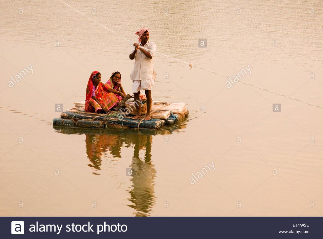 Thermocol Boat Rope Man And Women ; Golegaon Rampuri ; Parbhani ;  Maharashtra ; India MR