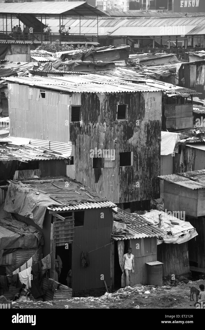 Slum Behram Naupada at Anant Kanekar Marg ; Bandra ; Bombay Mumbai ; Maharashtra ; India 9 September 2009 Stock Photo