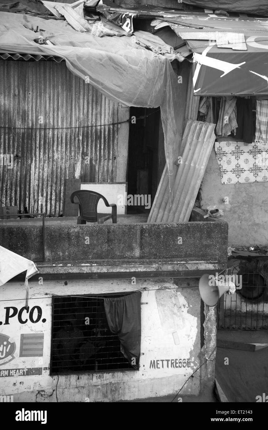 Slum Behram Naupada at Anant Kanekar Marg ; Bandra ; Bombay Mumbai ; Maharashtra ; India 17 September 2009 Stock Photo