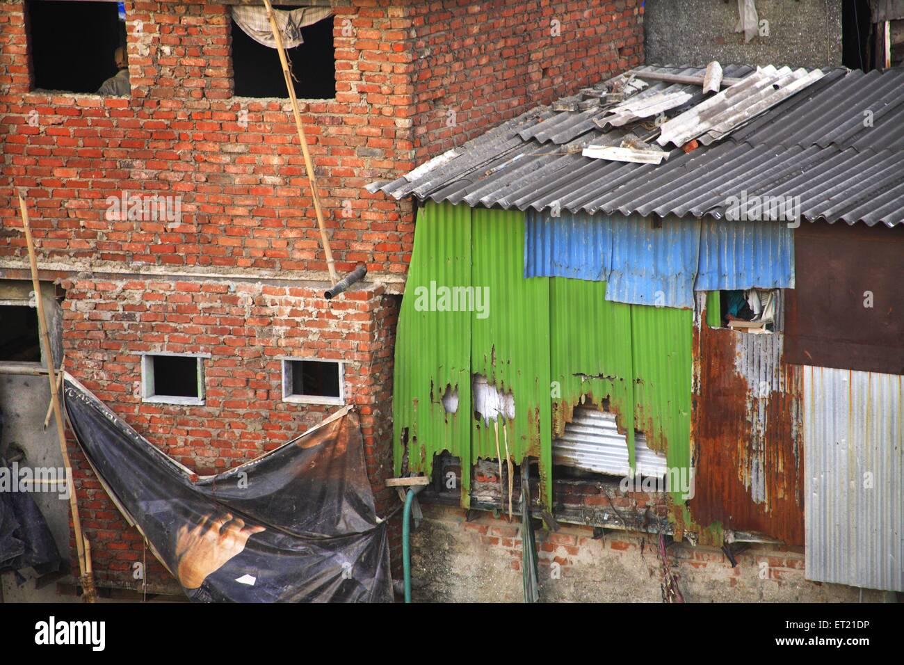 Slum ; Behram Naupada ; Anant Kanekar Marg ; Bandra ; Bombay Mumbai ; Maharashtra ; India 17 September 2009 - Stock Image