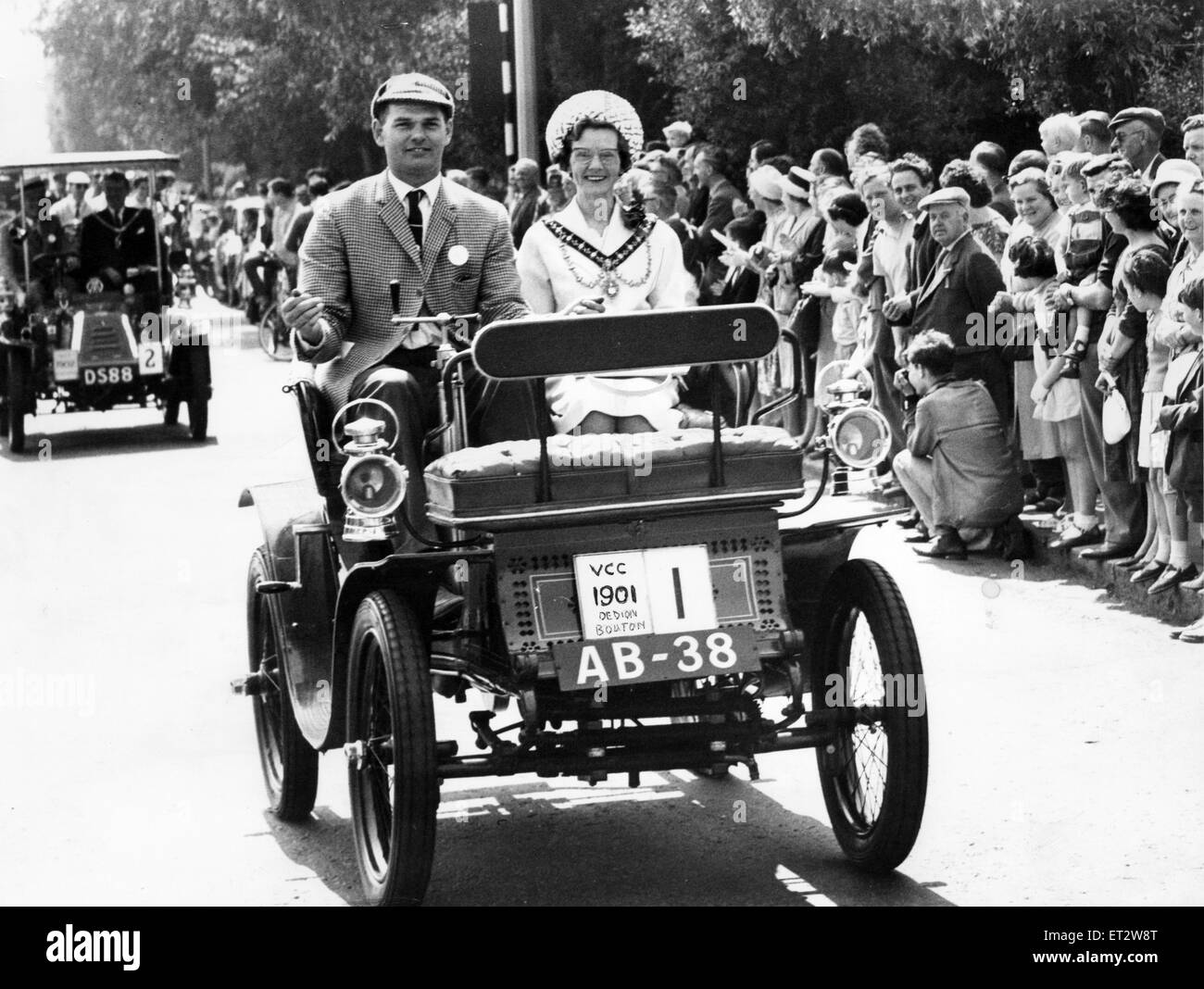 The Mayoress of Middlesbrough, Mrs E H Barrass, enjoys a ride in the leading car, a 1901 De Dion Bouton, owned by - Stock Image