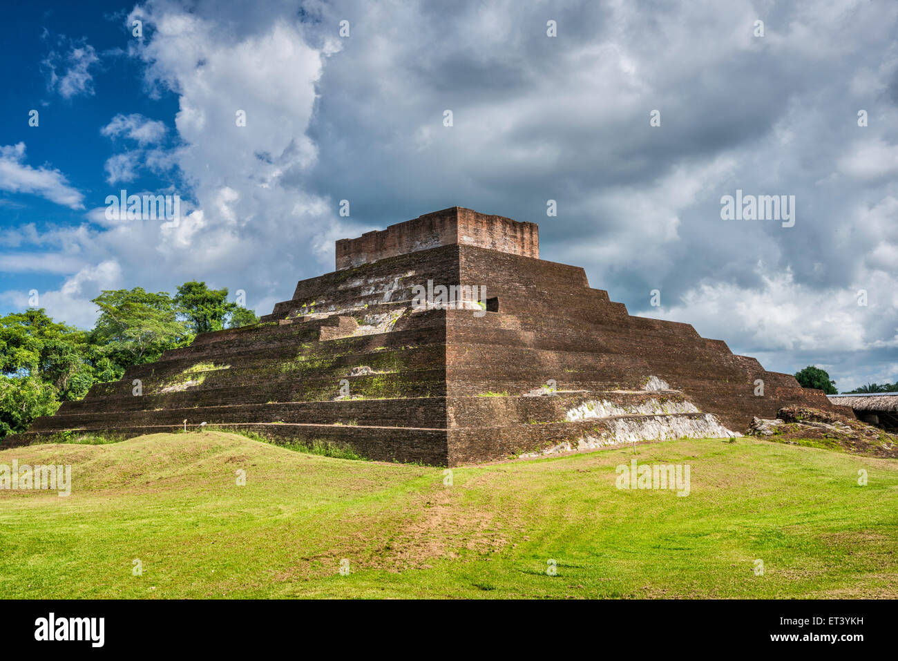 Templo I, Maya ruins at Comalcalco archaeological site, Tabasco state, Mexico - Stock Image