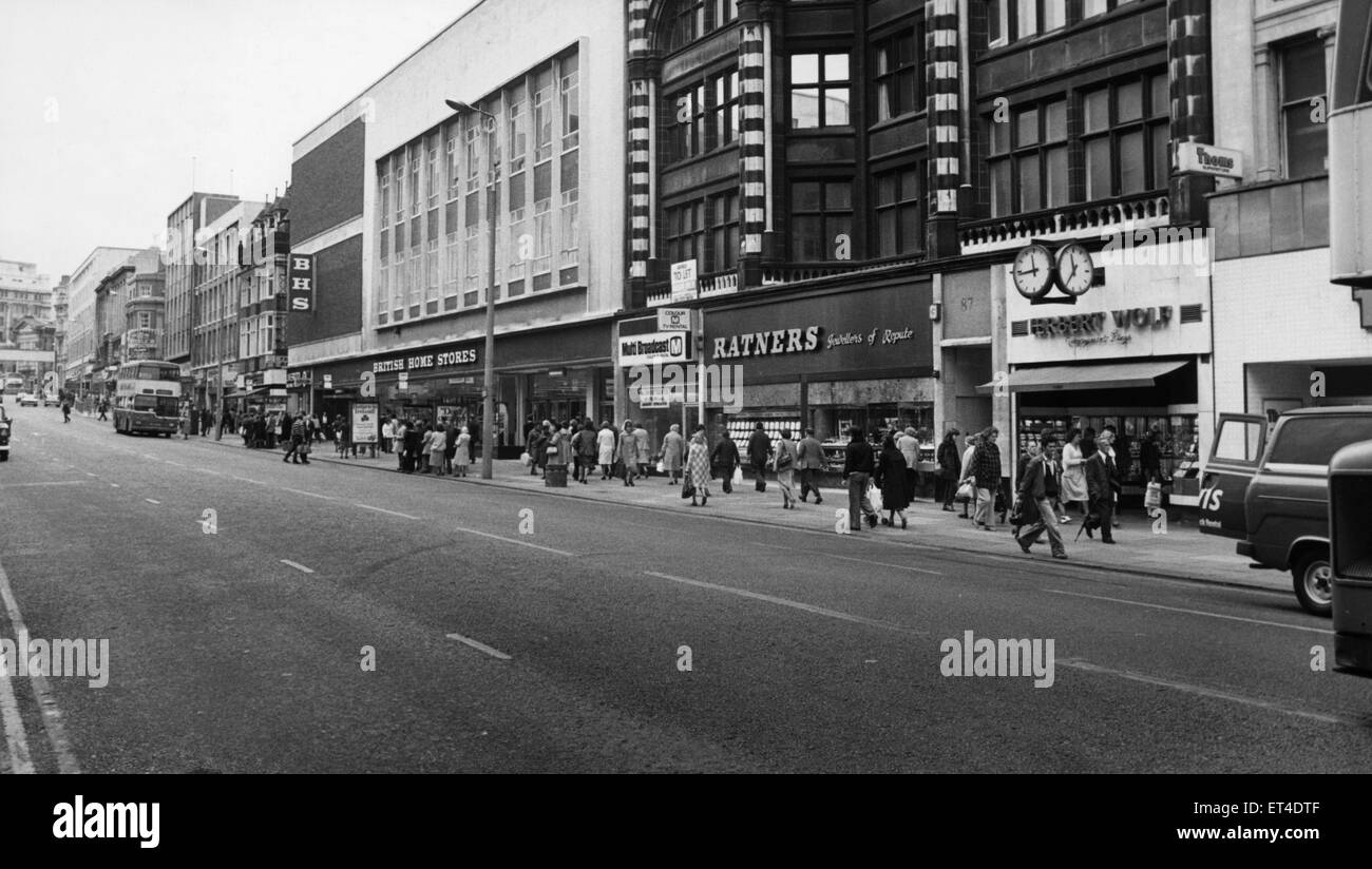 General scene of Lord Street Liverpool, Merseyside. 10th July 1980 Stock Photo