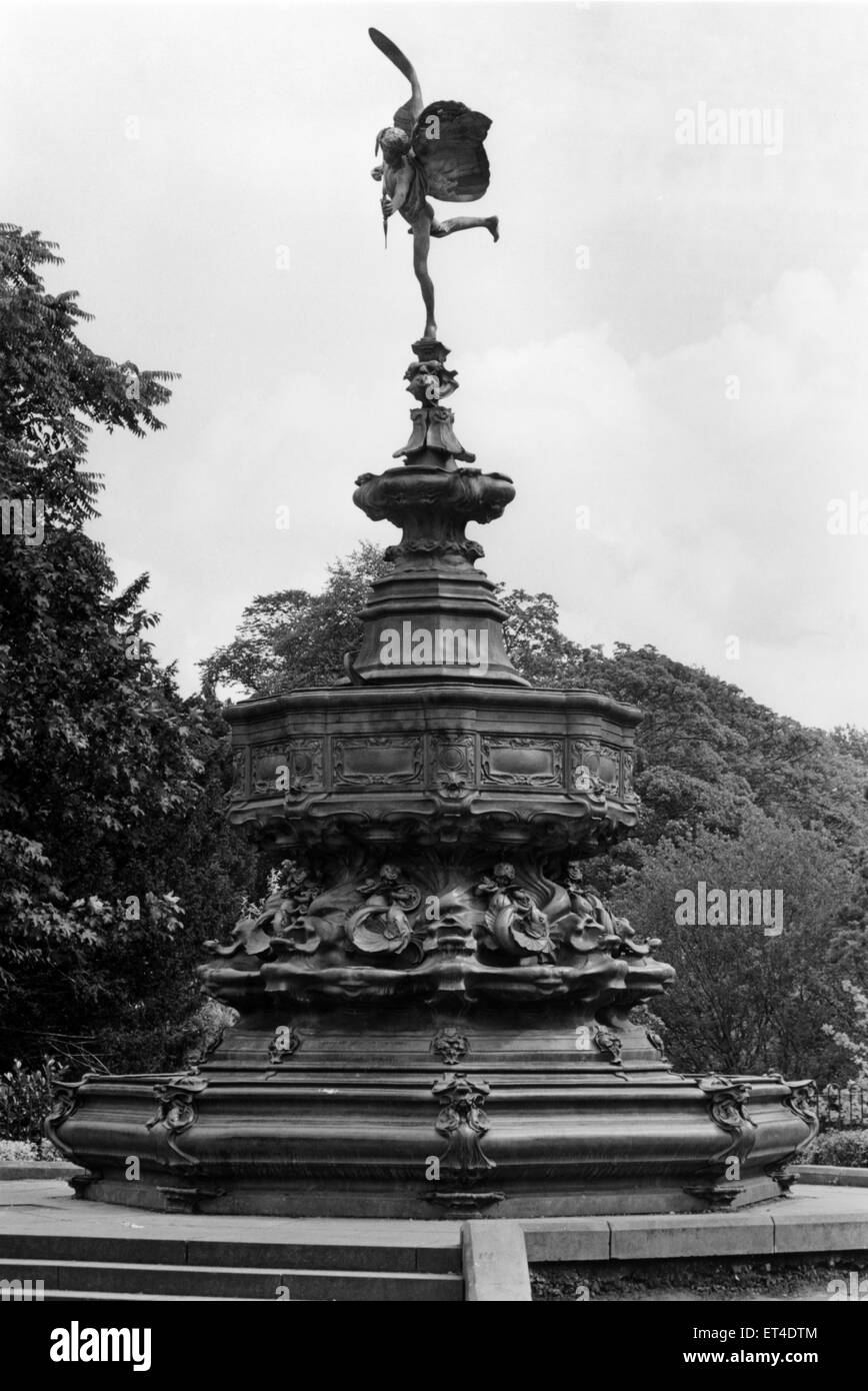 Eros Statue at Sefton Park, Liverpool, Merseyside, a 235 acre park,  opened to the public in 1872. Circa 1970 - Stock Image