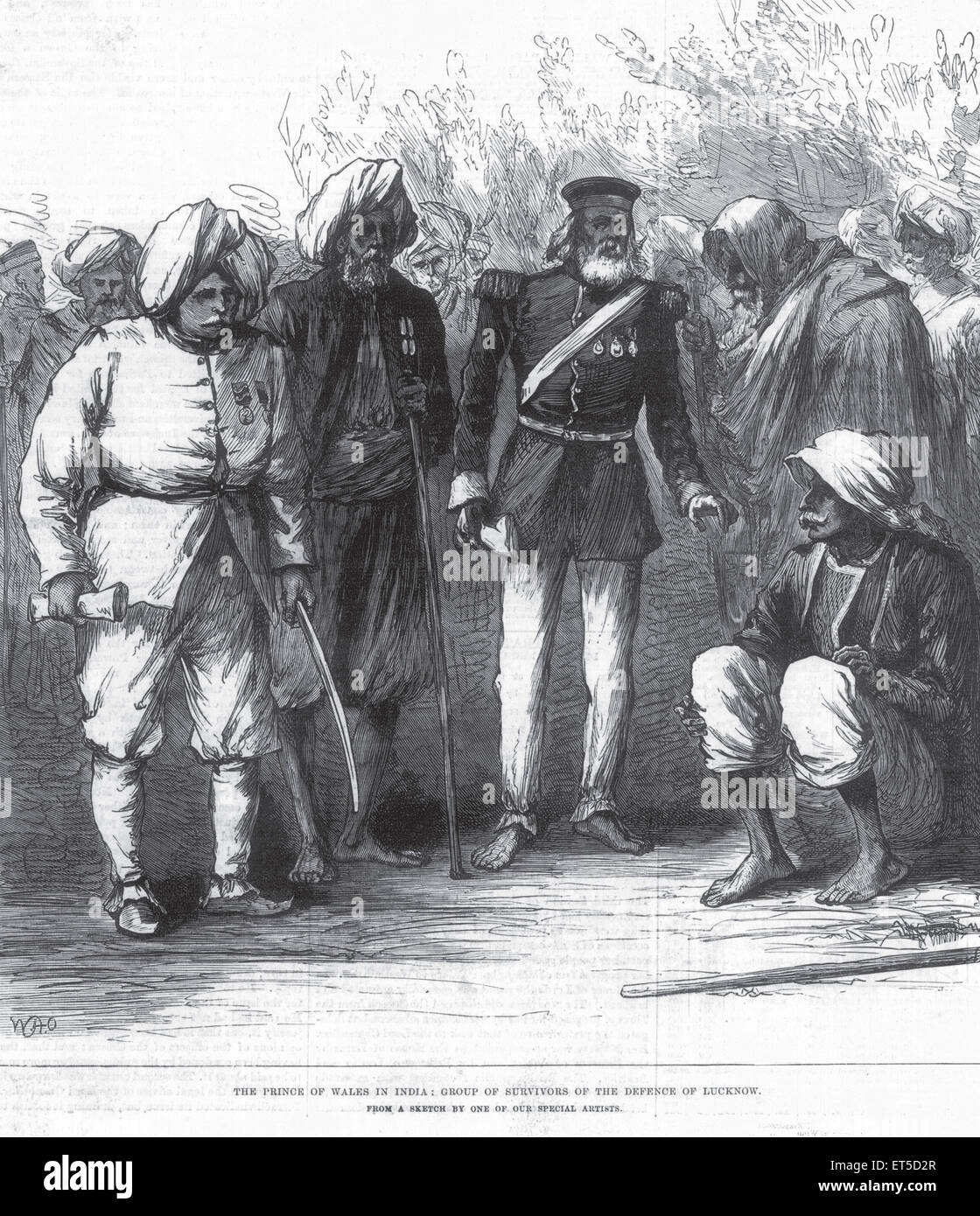 Royalty on Tour The Prince of Wales in India Group of survivors of the defense of Lucknow ; Uttar Pradesh ; India - Stock Image