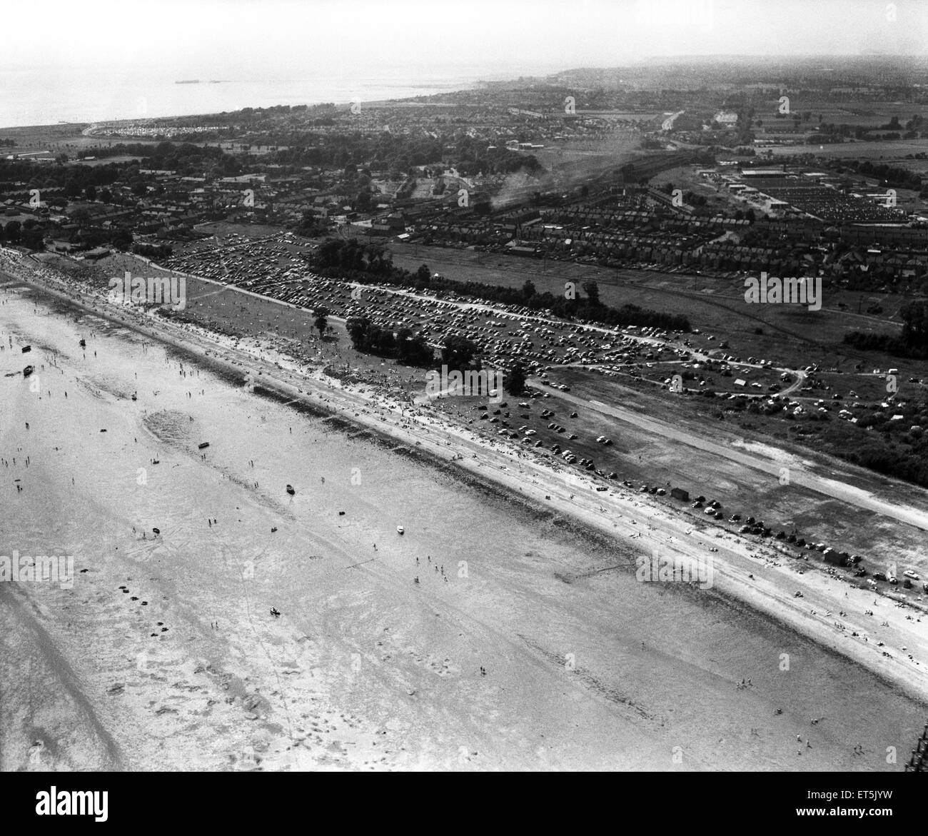 Aerial scenes of Southend Beach, Southend-on-Sea, Essex. 6th June 1960. - Stock Image