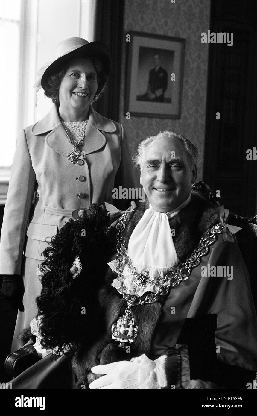 Councillor James Eames is elected Lord Mayor of Birmingham. Eames is a 57-year-old engine driver. 21st May 1974. Stock Photo