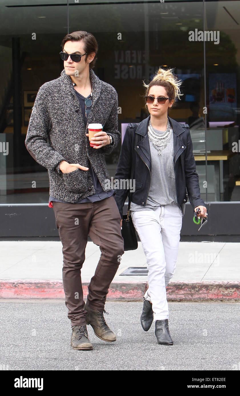 Ashley tisdale with christopher french in la new foto