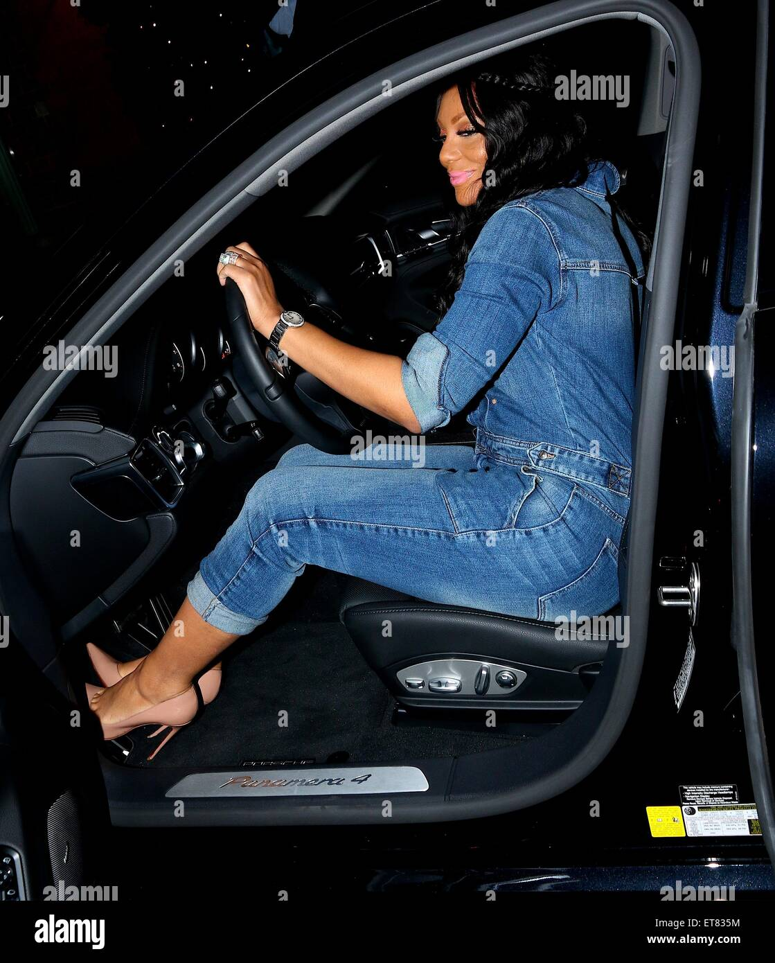 Photo of Tamar Braxton  - car