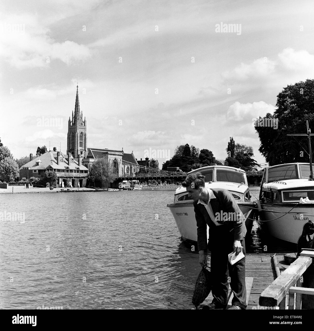 Marlow, within Wycombe district in south Buckinghamshire. 1st June 1954. - Stock Image