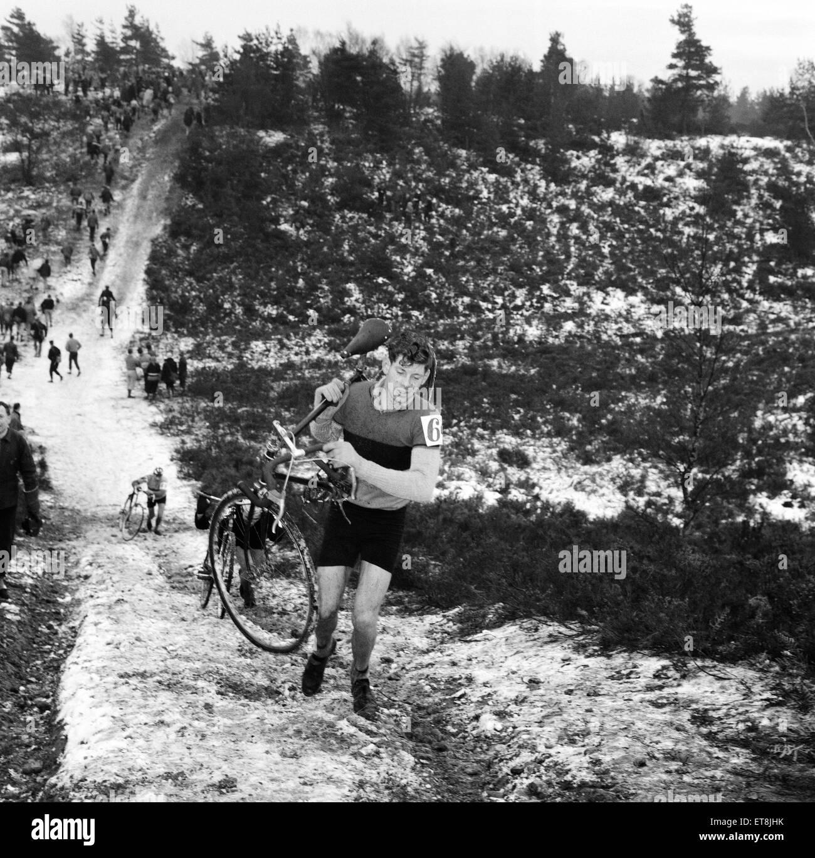 Bagshot Cyclist scramble on Bagshot Heath Surrey. 17th January 1960. - Stock Image