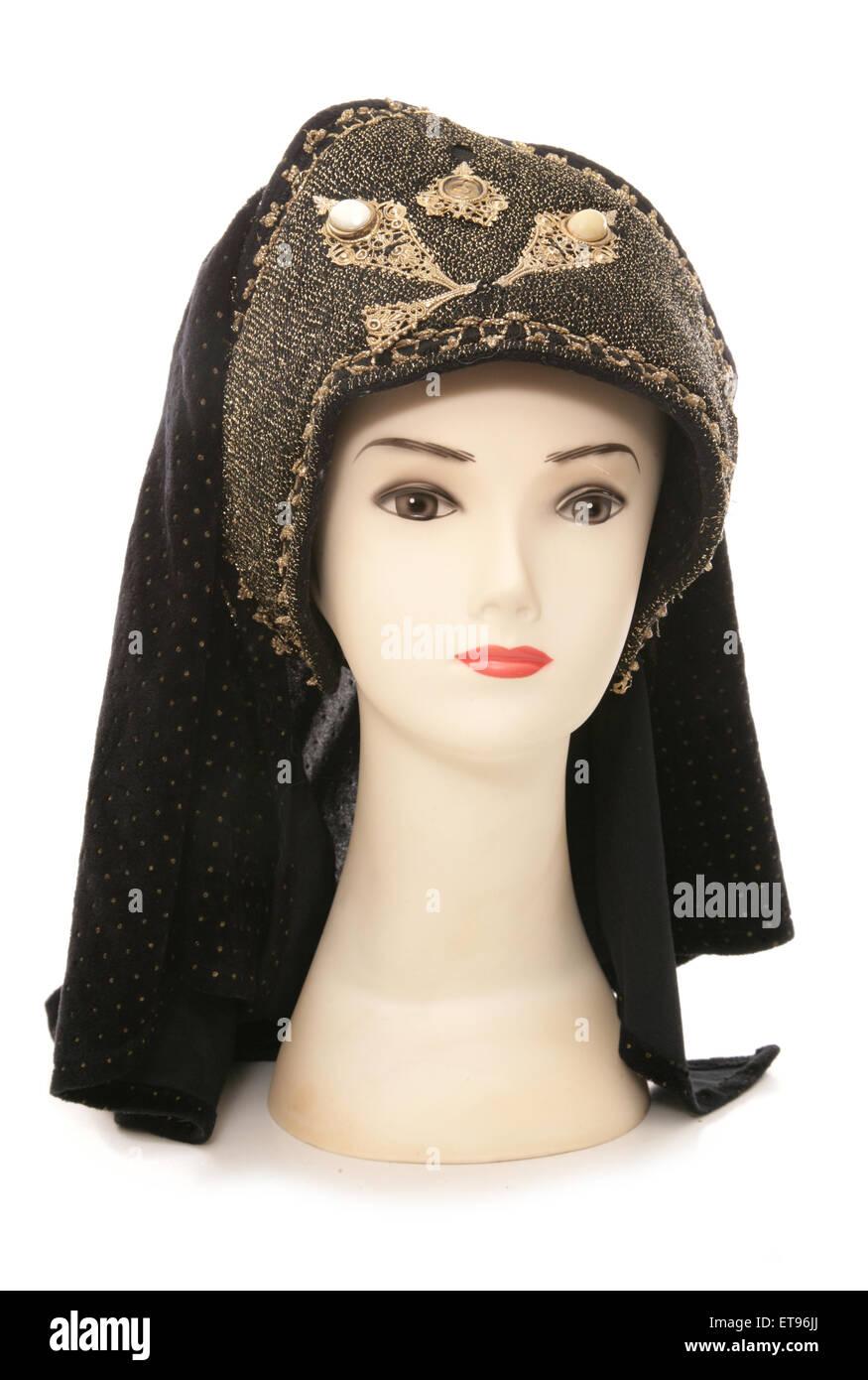 mannequin head with tudor headdress cutout - Stock Image
