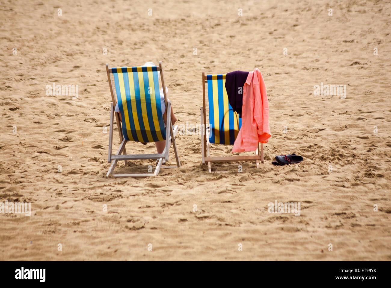 Bournemouth, Dorset, UK 12 June 2015. UK weather: Hazy, hot and humid at Bournemouth Beach, Dorset, UK  Credit: - Stock Image
