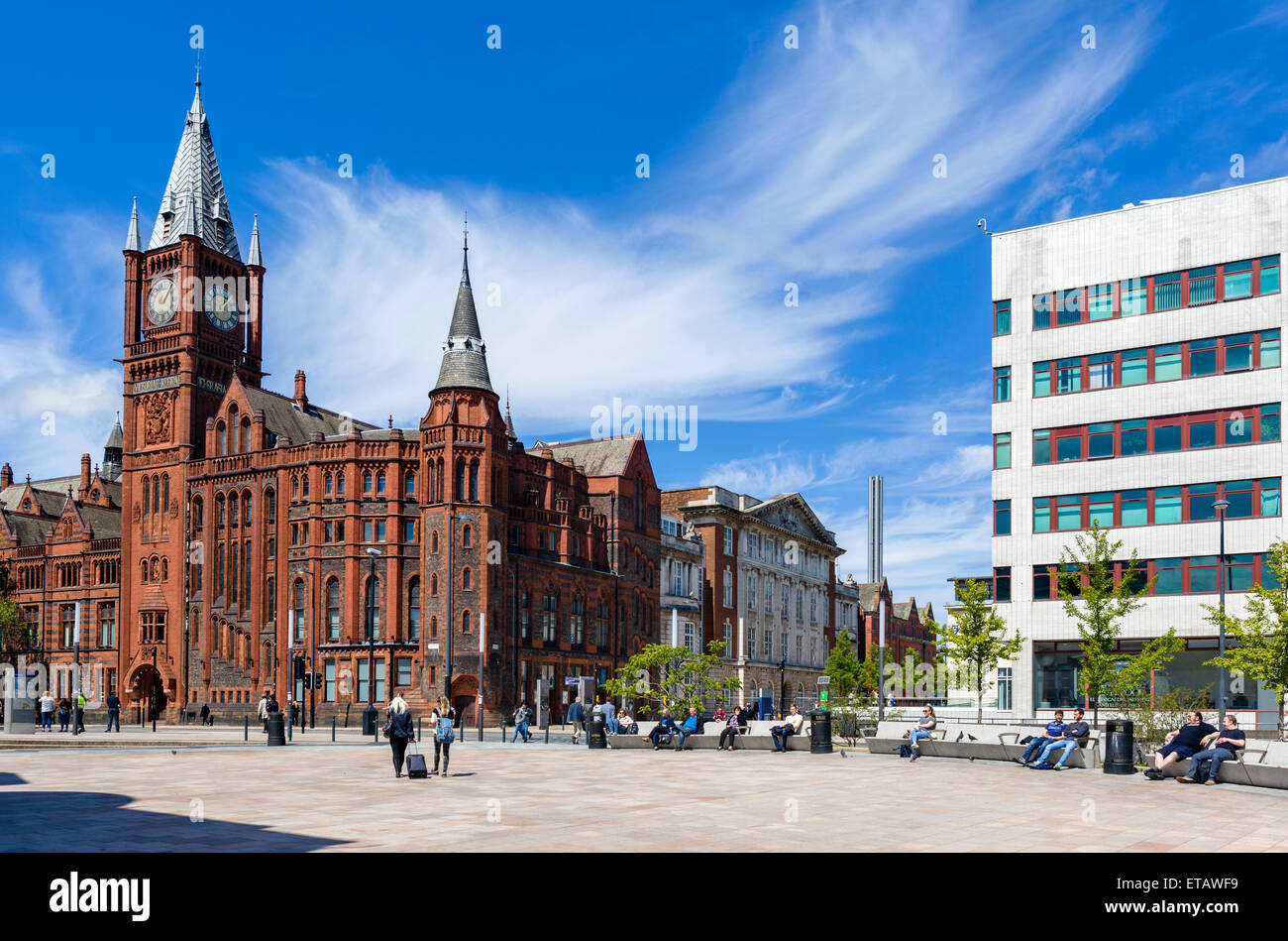 Liverpool University looking towards the Victoria Building, Brownlow Hill, Liverpool, Merseyside, England, UK - Stock Image