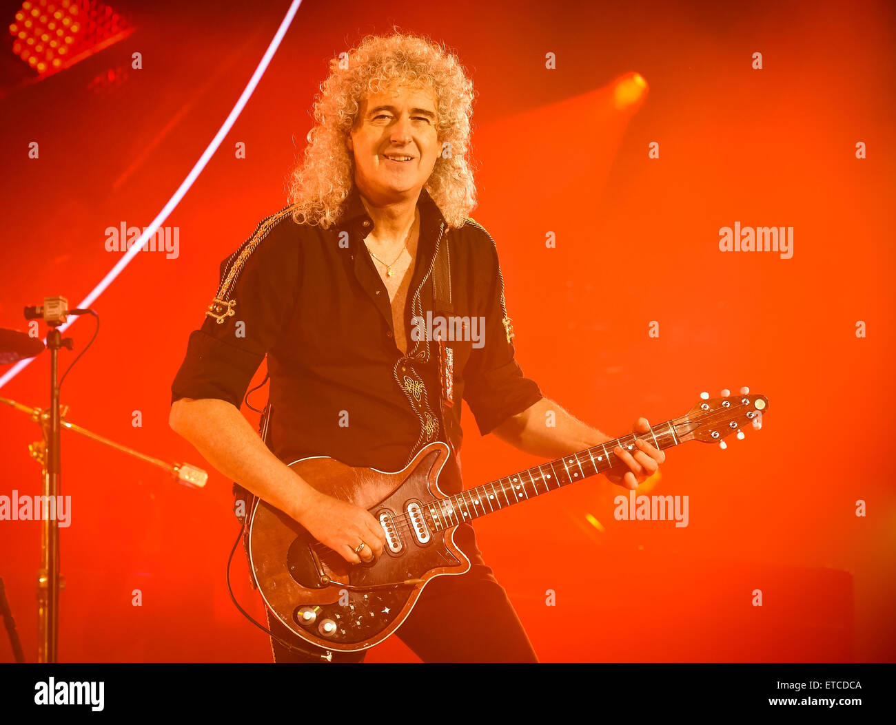 Queen and Adam Lambert perform live at the O2 Arena  Featuring: Brian May Where: London, United Kingdom When: 17 - Stock Image