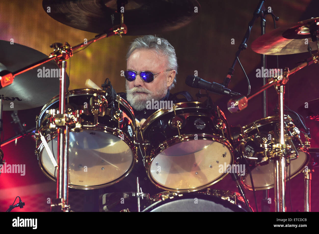 Queen and Adam Lambert perform live at the O2 Arena  Featuring: Roger Taylor Where: London, United Kingdom When: - Stock Image