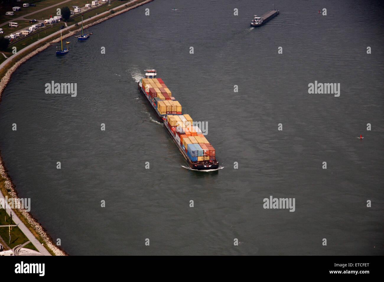 Container-Schiff, Rhein, Rheinland-Pfalz. Stock Photo