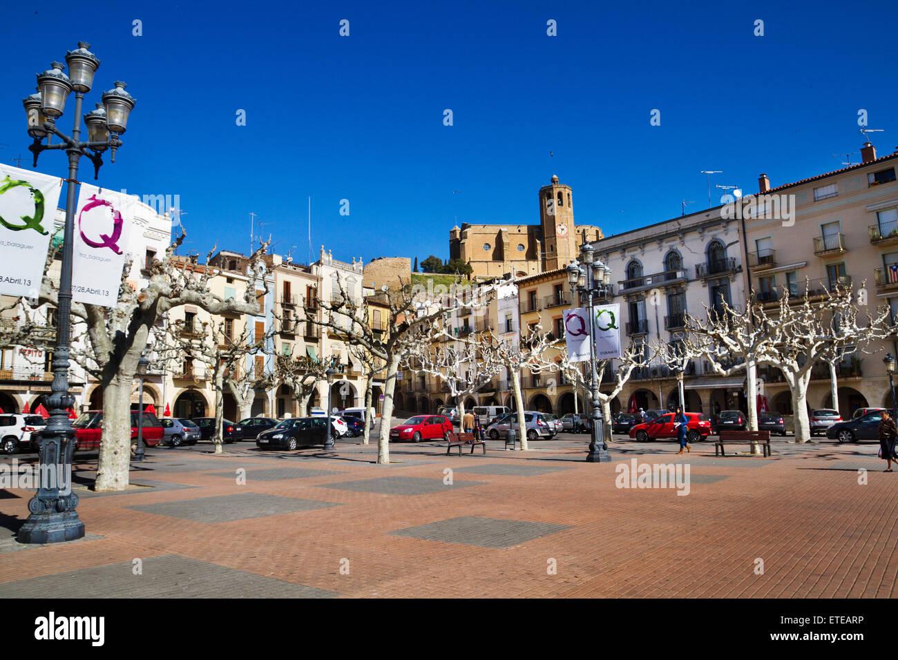 Mercadal square. XIV century. Santa Maria church. Balaguer, Nouguera county, Lleida province, Catalunya. - Stock Image