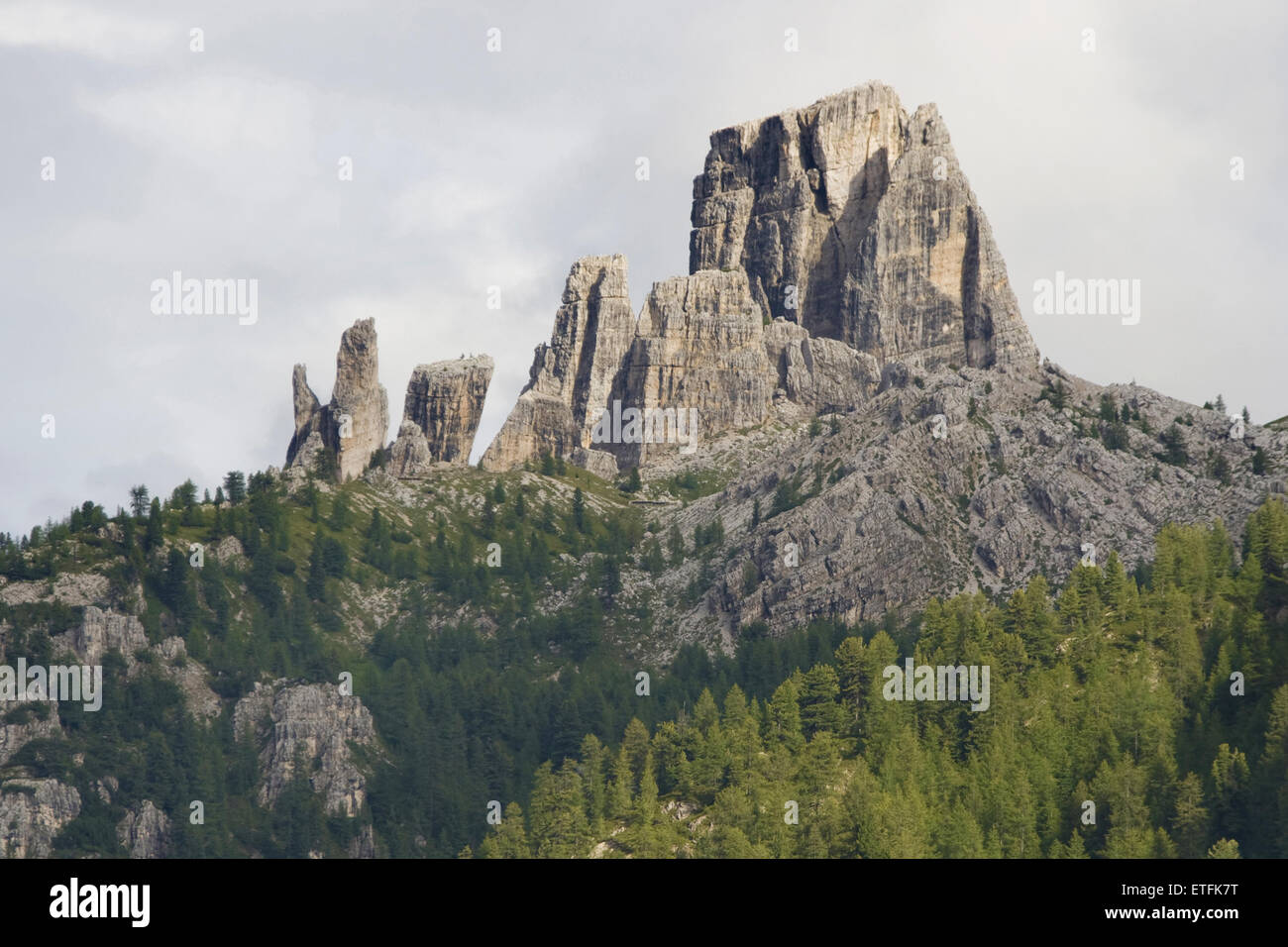 The Cinque Torri rock formations in the Dolomites, Cortina d'Ampezzo, Italy. - Stock Image