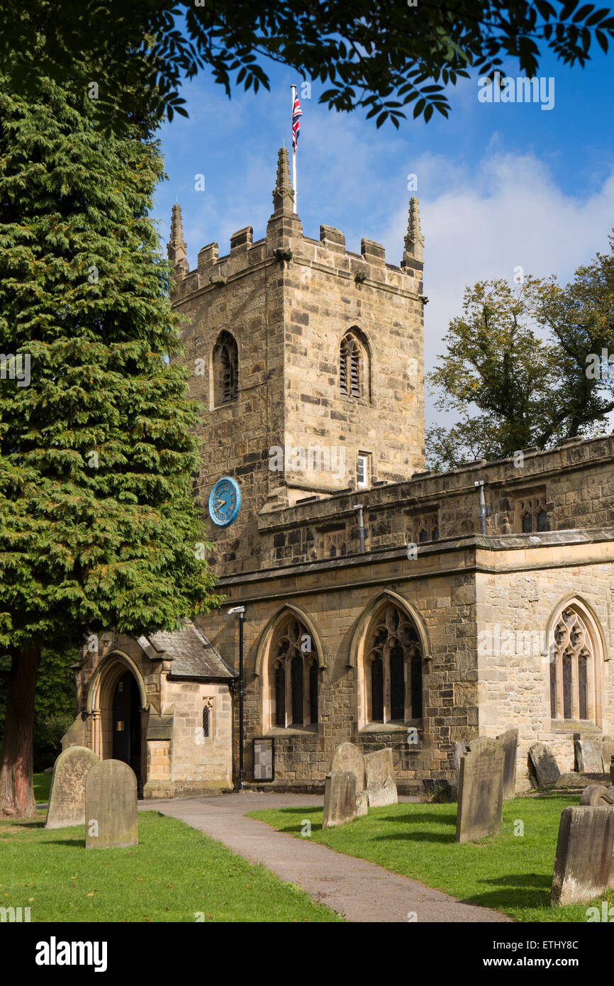UK, England, Derbyshire, Eyam, Parish Church of St Lawrence - Stock Image