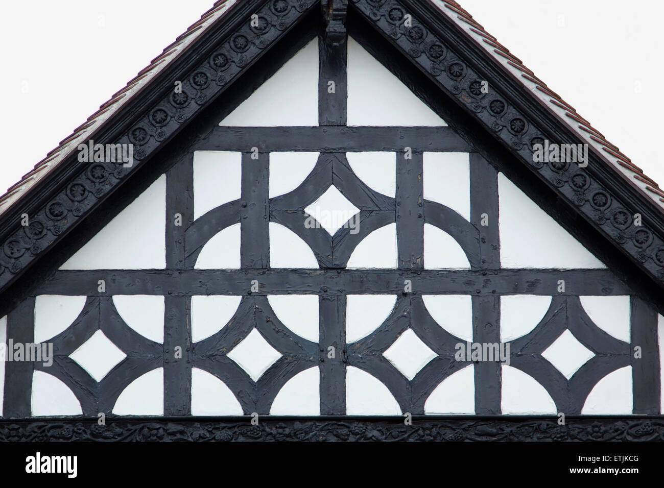 Decorative gable end of Tudor house in Chester, England - Stock Image