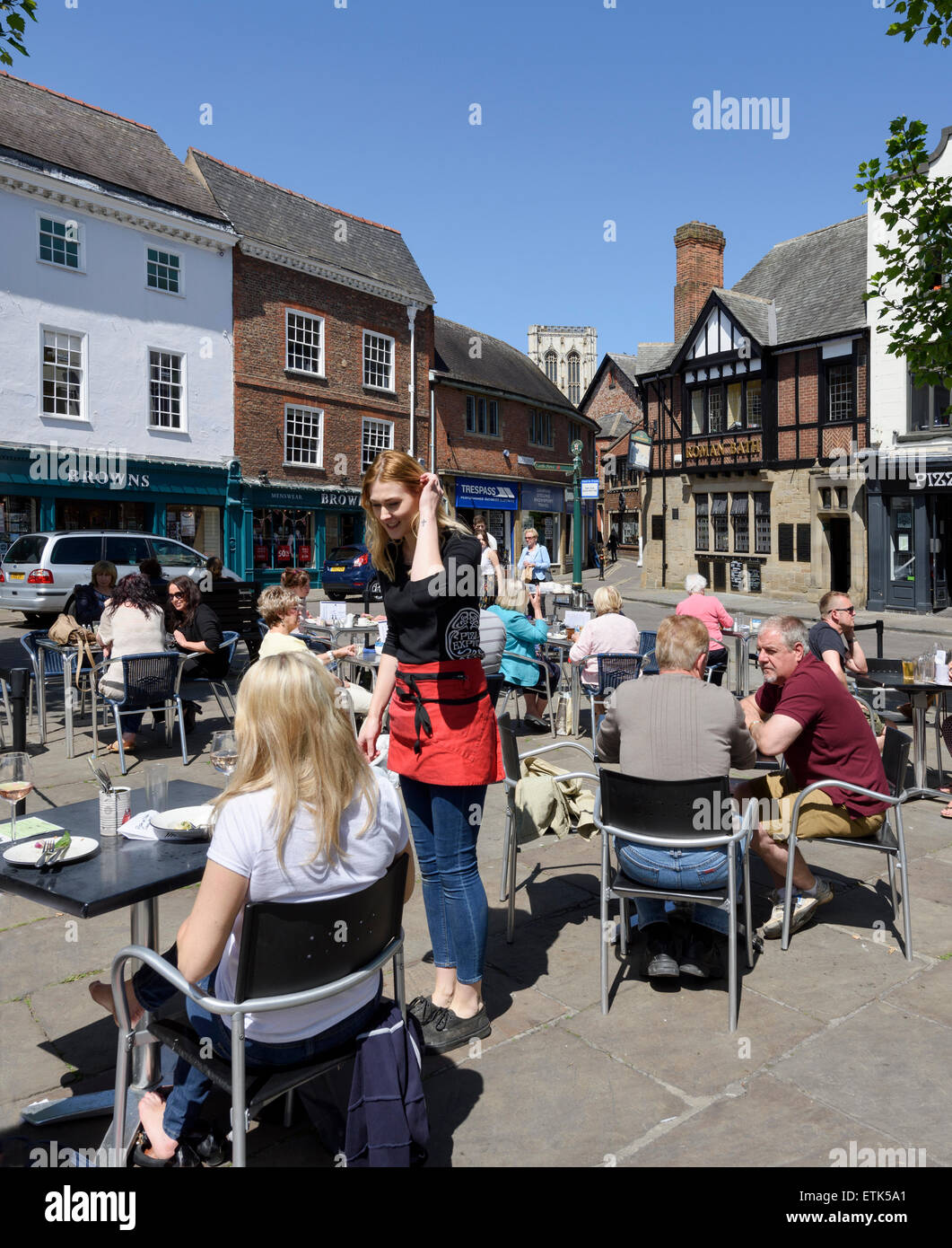 Diners in St Sampsons Square York - Stock Image