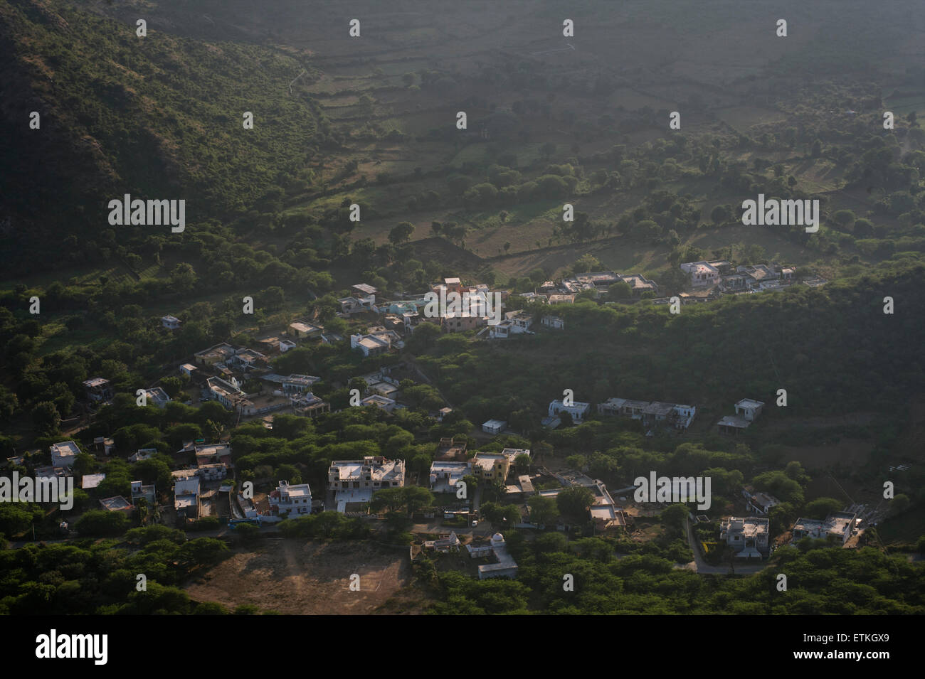 View of the hills around Udaipur from the Monsoon Palace above the city. Rajasthan, India - Stock Image
