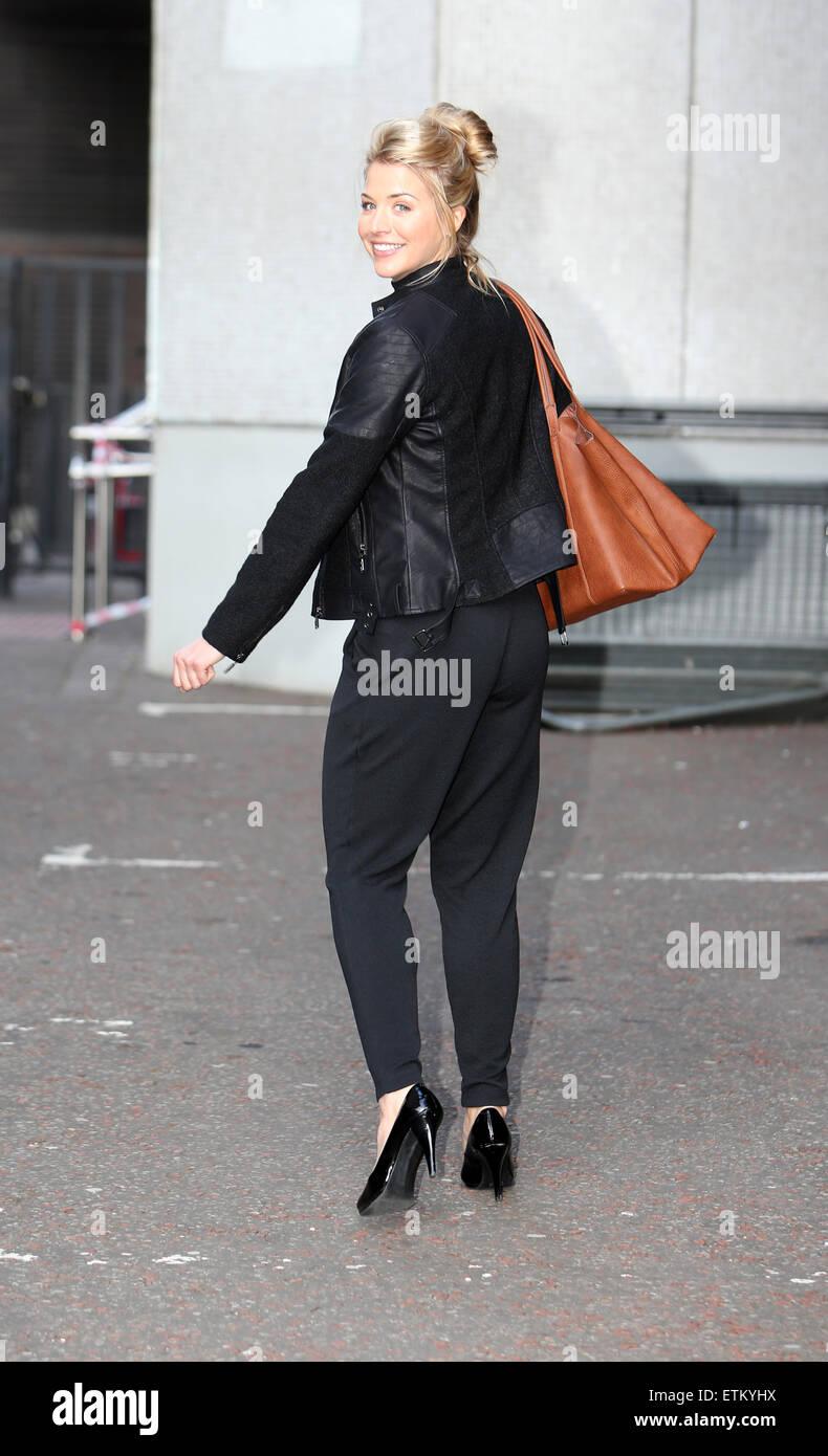 Gemma atkinson street style london - 2019 year