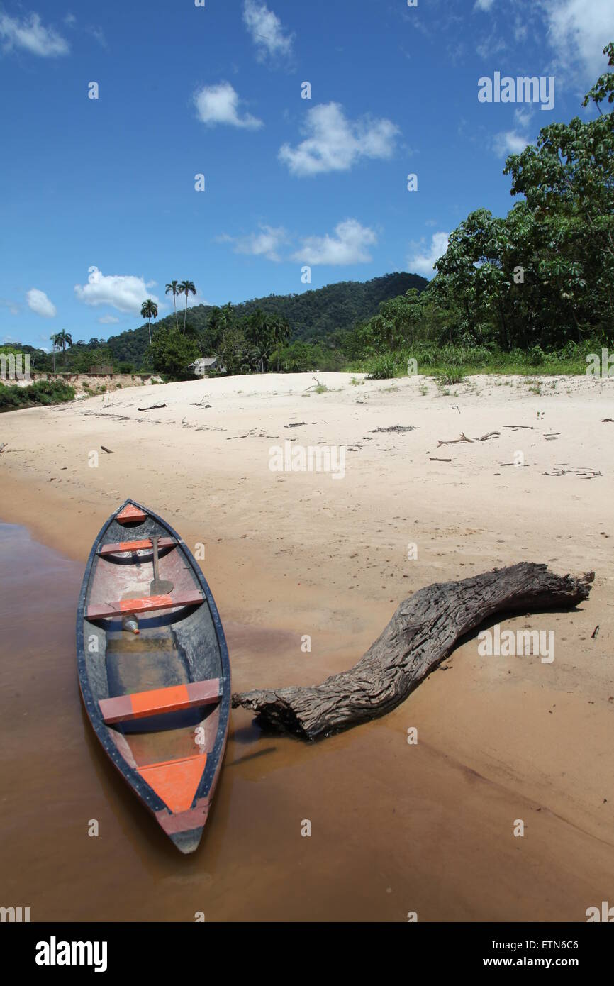 Canoe on the bank of the Amazon river, Acre, Brazil - Stock Image