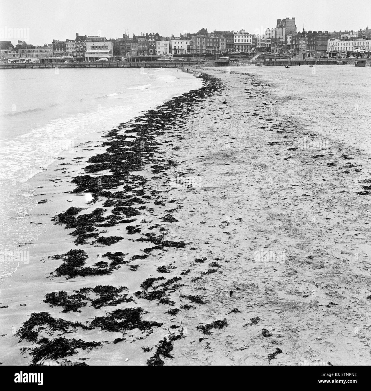 Scenes in Margate, Kent, during Good Friday. A deserted beach. 27th March 1964. - Stock Image