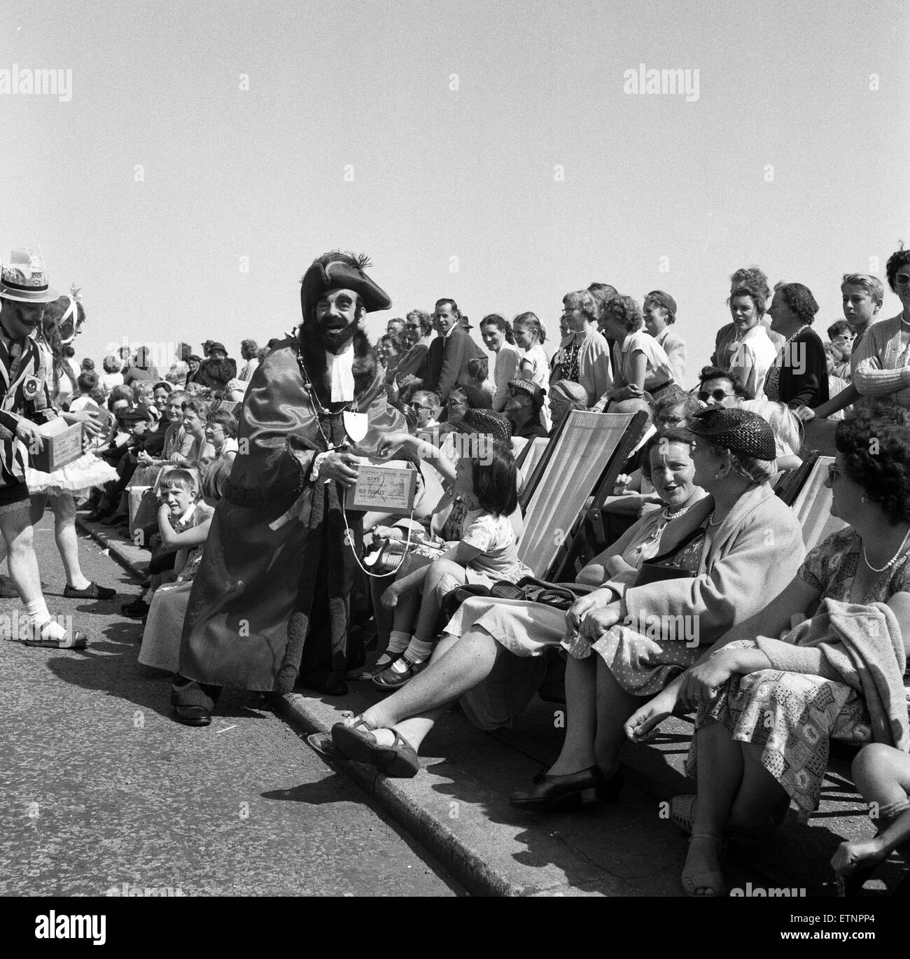 Hastings Carnival, Sussex. 11th July 1956. Stock Photo