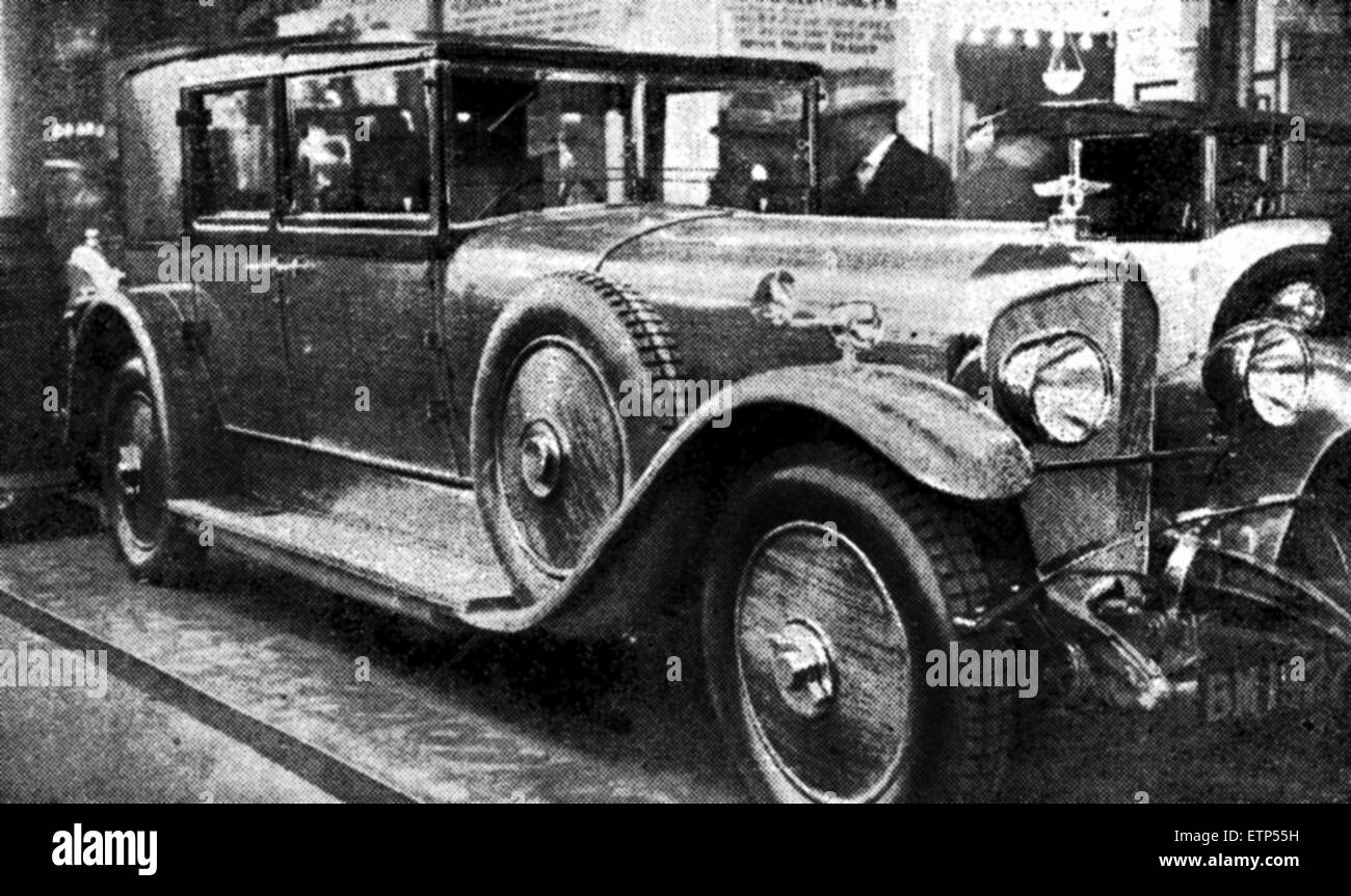 The Six Cylinder Bentley, costing ¿2,600 and capable of conversion into a coupe de ville. Pictured at Olympia - Stock Image