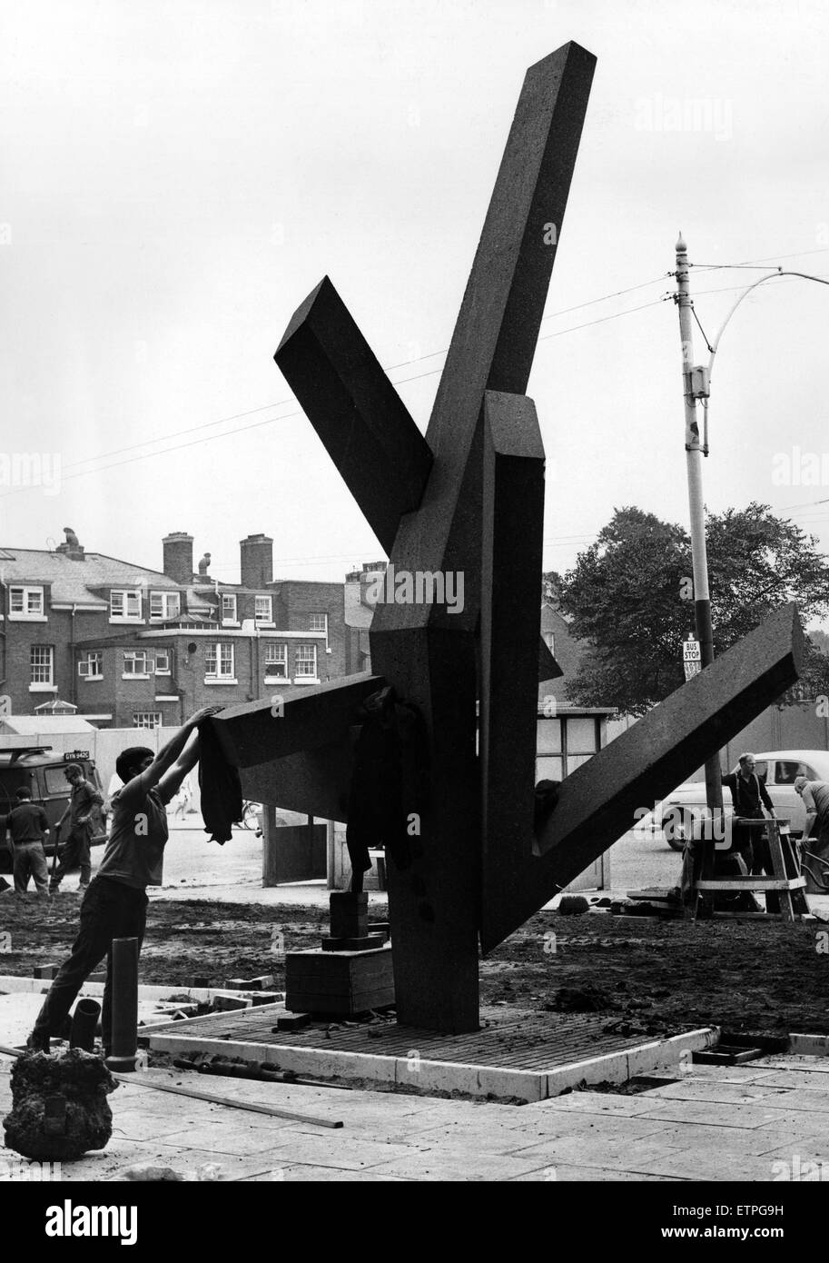 Bootle's £2000 coat hanger , or how to make the abstract functional. This 20ft. high sculpture by Roger - Stock Image