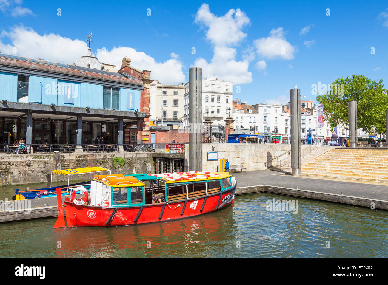 Bristol watershed, centre cascade and tourist boat Bristol City centre Bristol Avon England UK GB EU Europe - Stock Image