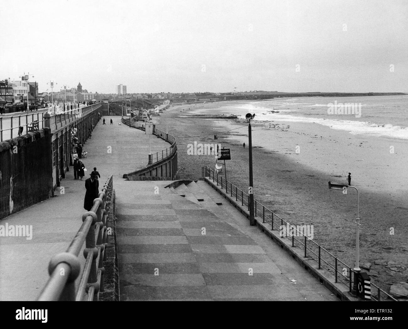 Whitley Bay promenade, Tyne and Wear. 20th July 1961. - Stock Image