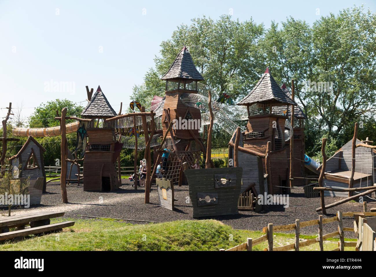 Children enjoy climbing apparatus, activity frame / climbing frames ...