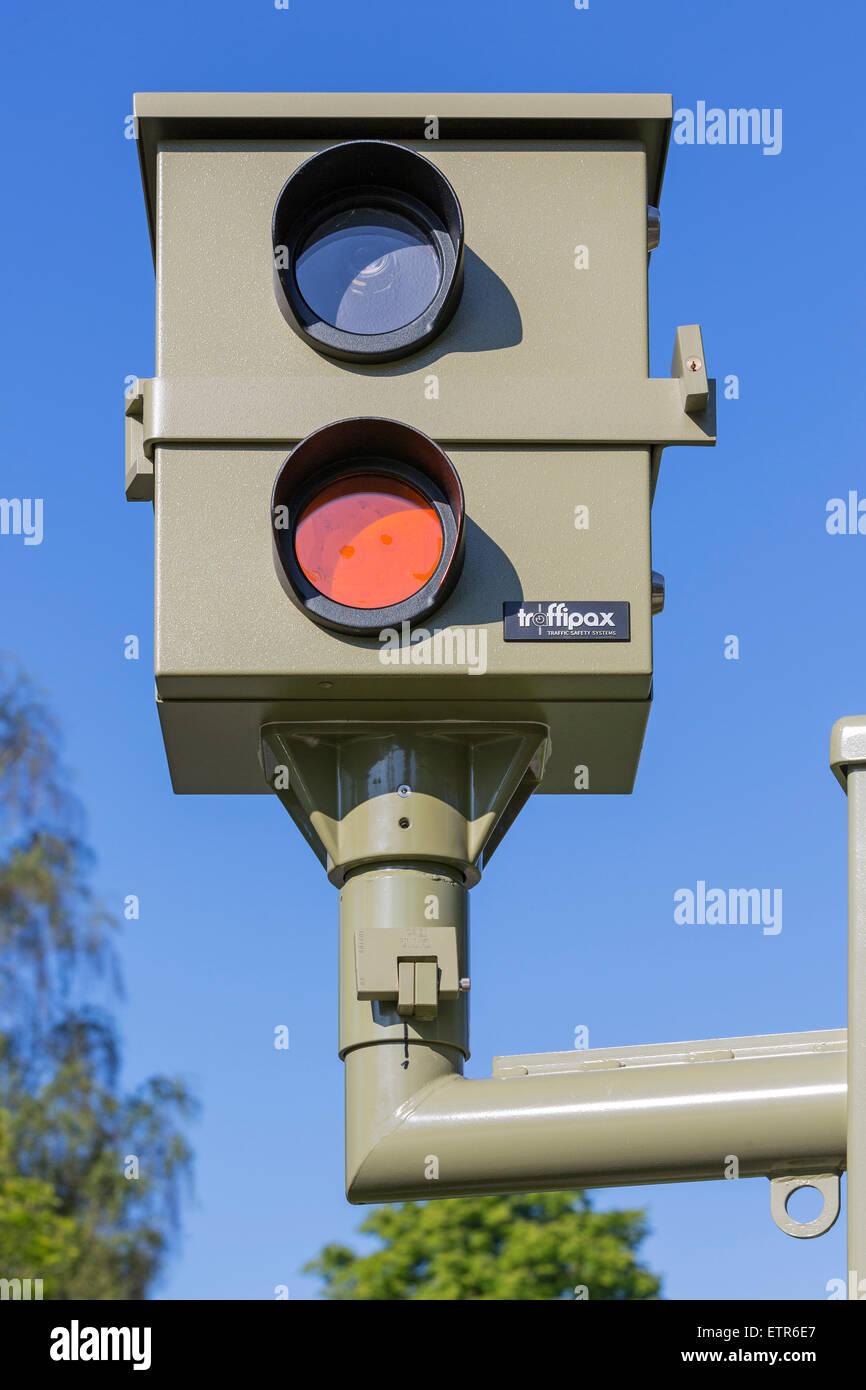 Stationary radar 'Traffipax on both sides, Bismarckstrasse, B210, Wilhelmshaven, Lower Saxony, Germany, - Stock Image