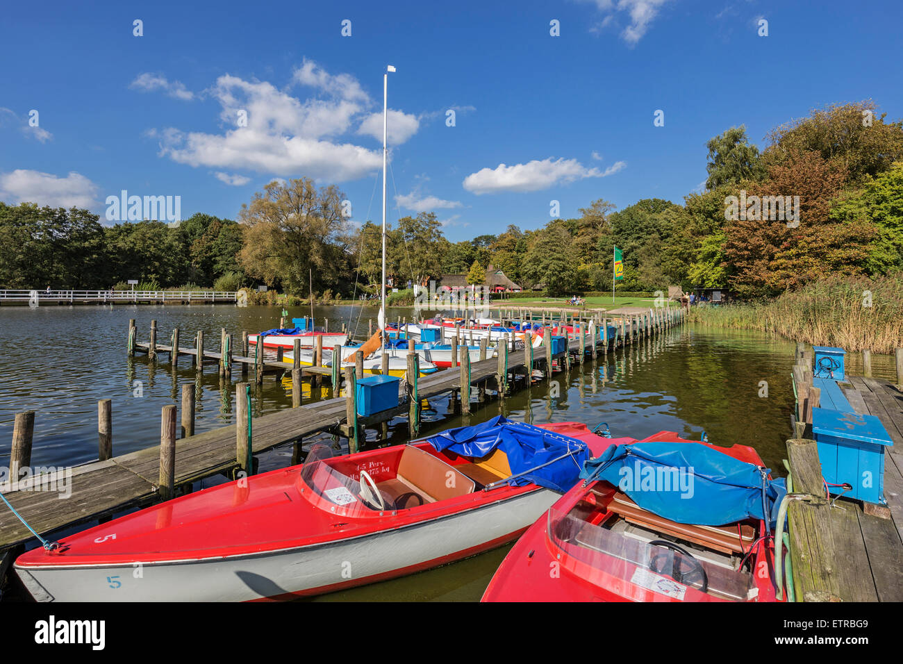 Electric Boat Stock Photos & Electric Boat Stock Images - Alamy