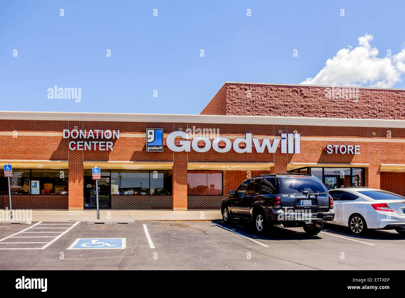 The exterior of a Goodwill Donation Center in Oklahoma City, Oklahoma, USA. - Stock Image