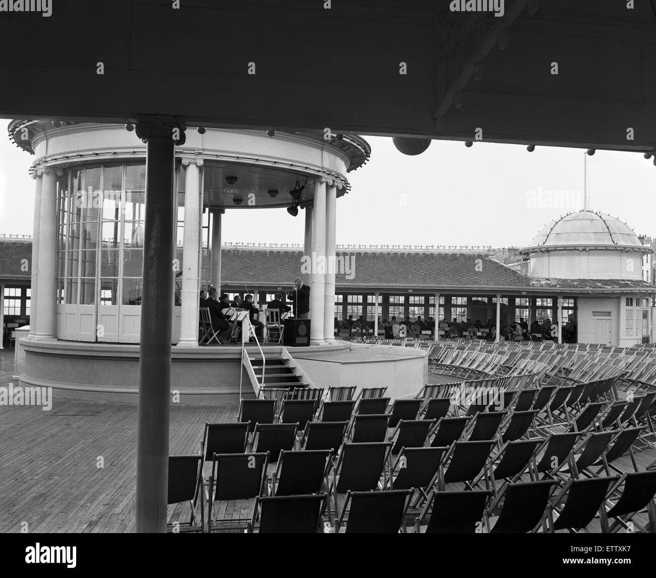 The bandstand on the Hastings Pier. 20th May 1956. - Stock Image