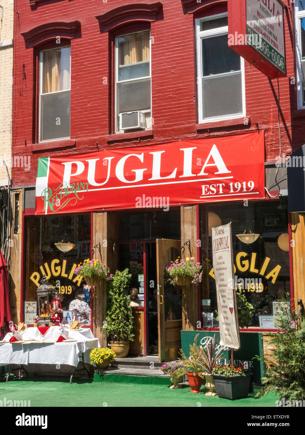 Puglia Restaurant In Little Italy Nyc Stock Photo Alamy